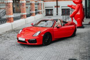 Red Porsche Boxter аренда Казань